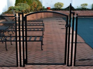 pool fence installations with safety gate